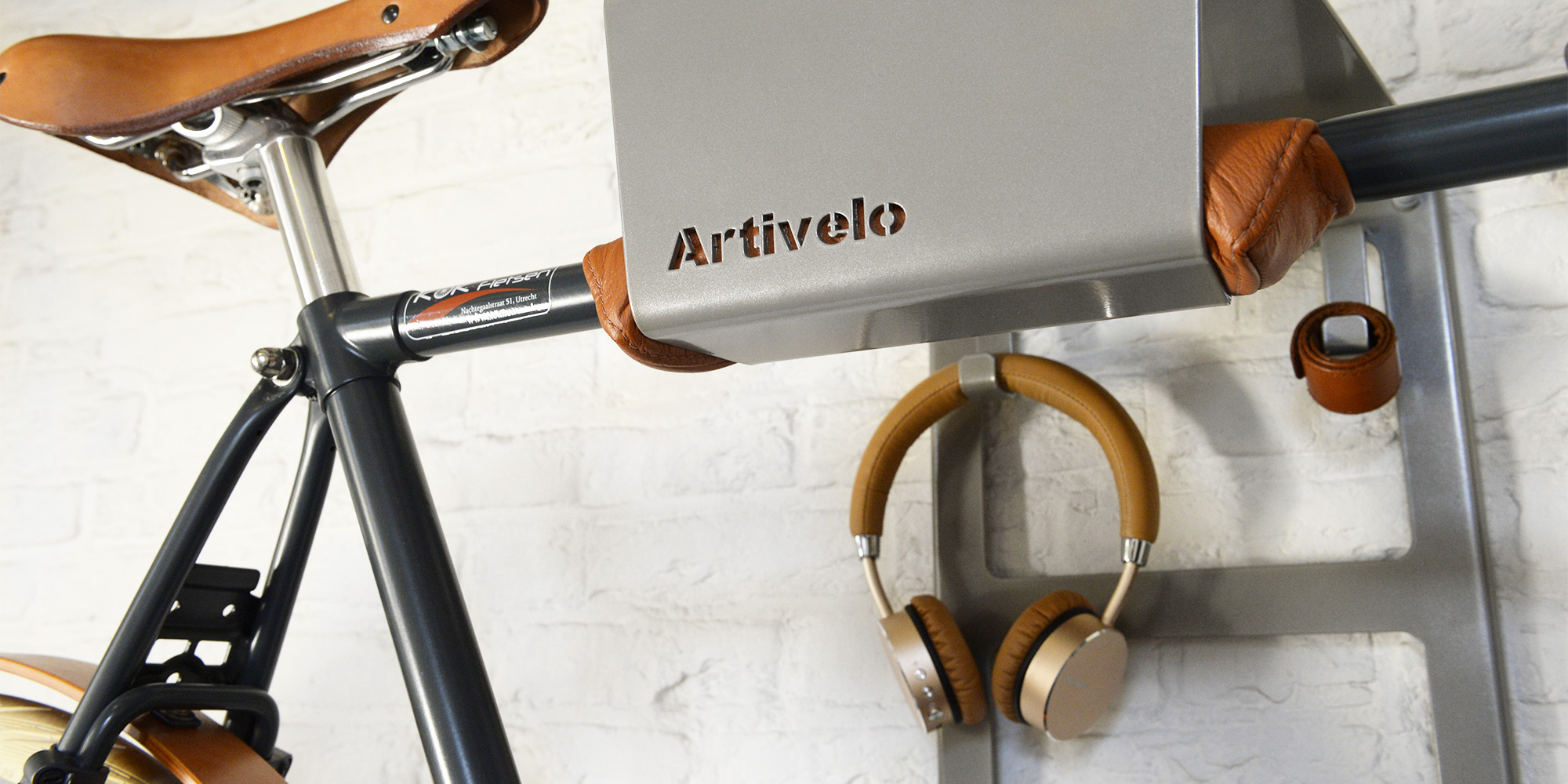 How To Hang Bike On Wall the new artivelo bikedock urban - artivelo - english