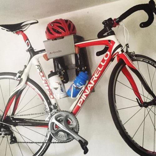 Black steel lether hanging system road bike