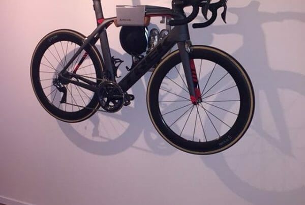 Hang your bike on the wall like Laurens