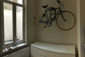 Hang your bike on the wall with Artivelo like David