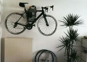 Bracket for hanging a bicycle