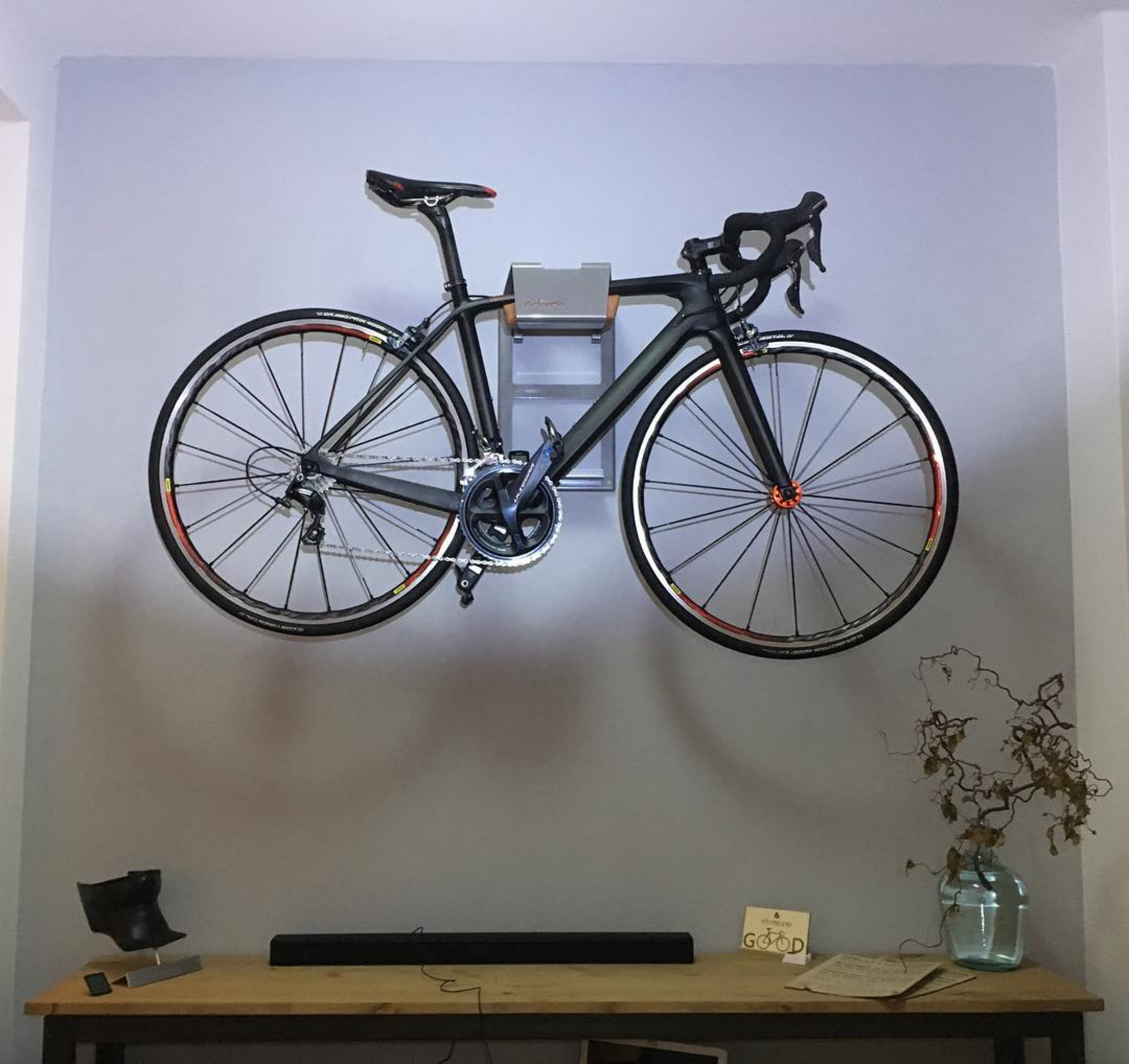 Suspension system bicycle wall grey