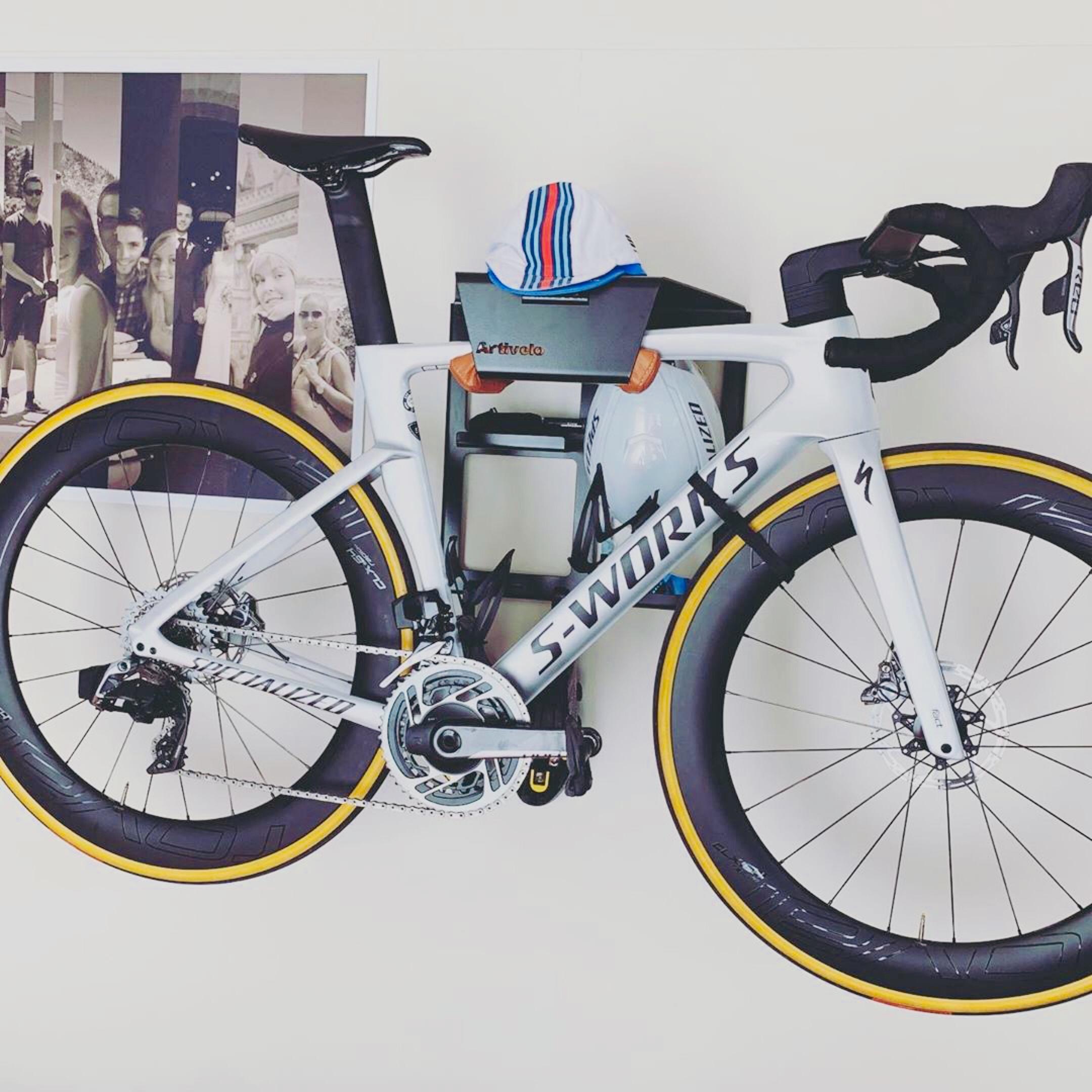 Bike storage on the wall
