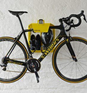 Fiets muurbeugel BikeDock Loft Tour de France racefiets woonkamer huis apartement