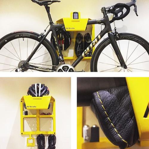 Muurbeugel voor fiets geel