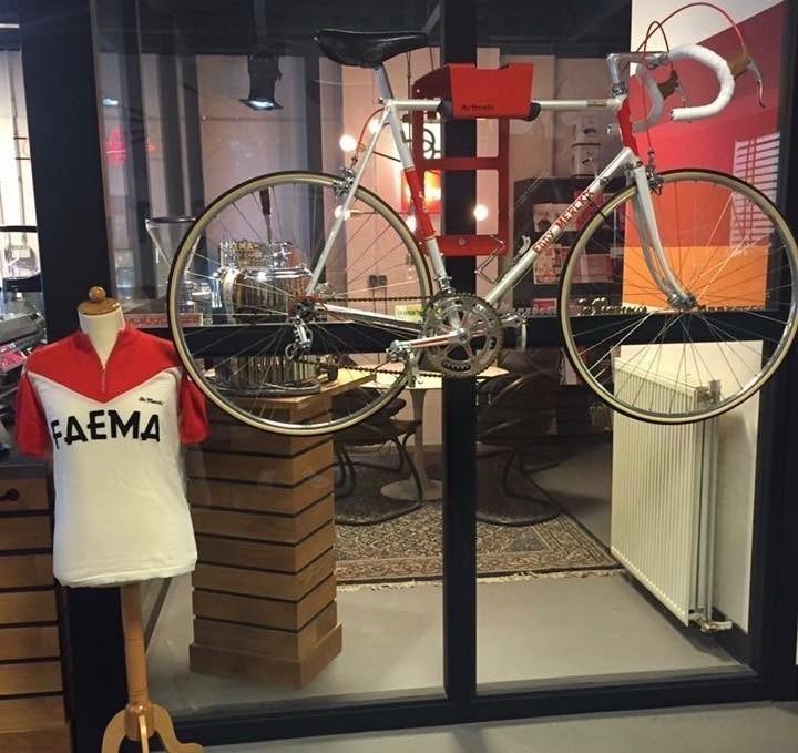 Espresso Service West ingericht met BikeDock