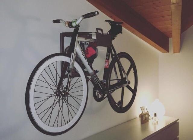 Stijlvol ophangsysteem wielrenfiets