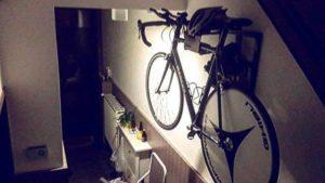 Stijlvol ophangsysteem racefietsen