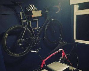 Hang je racefiets aan de muur