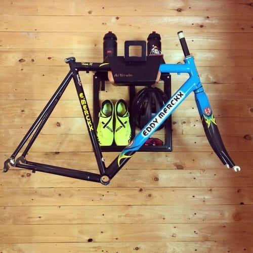Verticaal fietsophangsysteem